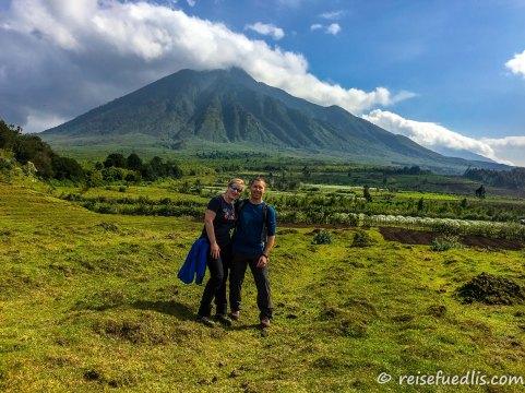 Einer der Virunga Berge: Mount Sabinyo